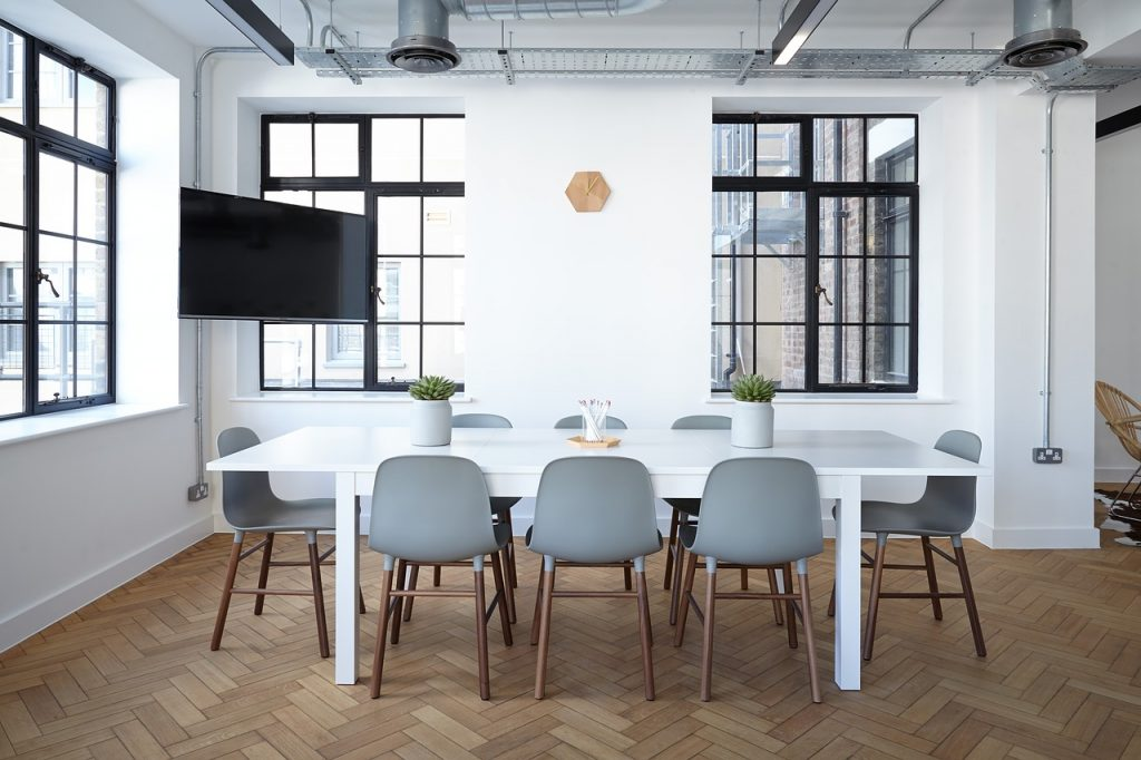 Should I start as a home-based business or should I get an office? - serviced offices